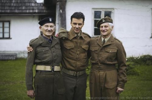 Odtwórca głównej roli Marcin Kwaśny zAndrzejem Pilecki iMarkiem Ostrowskim