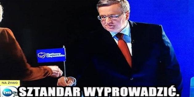 Komorowski wyprowadził sztandar PO