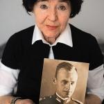 Zofia Pilecka zportretem ojca rmt. Witolda Pileckiego