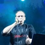 Paweł Kukiz śpiewa