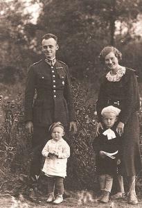Rtm.-Witold-Pilecki-z-rodziną-1