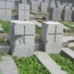 Barbarzyńskie zniszczenia cmentarza naRosie wWilnie 11