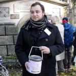 Kwesta nacmentarzu Rakowickim wKrakowie - fot.Jan Lorek