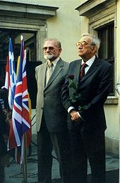 2004.05.01._Bronislaw_Geremek_and_Tadeusz_Mazowiecki_Fot_M_Kubik