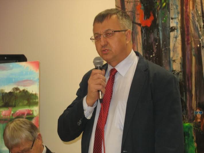 Poseł naSejm Józef Brynkus wita mieszkańców gmin igości (fot.Rajmund Pollak)