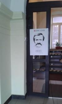 Plakat Solidarni zLechem wUM Wadowice nadrzwiach