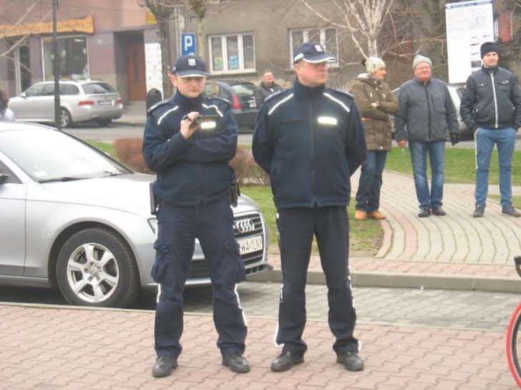 Podoodział Policji filmowej napikiecie wWadowicach