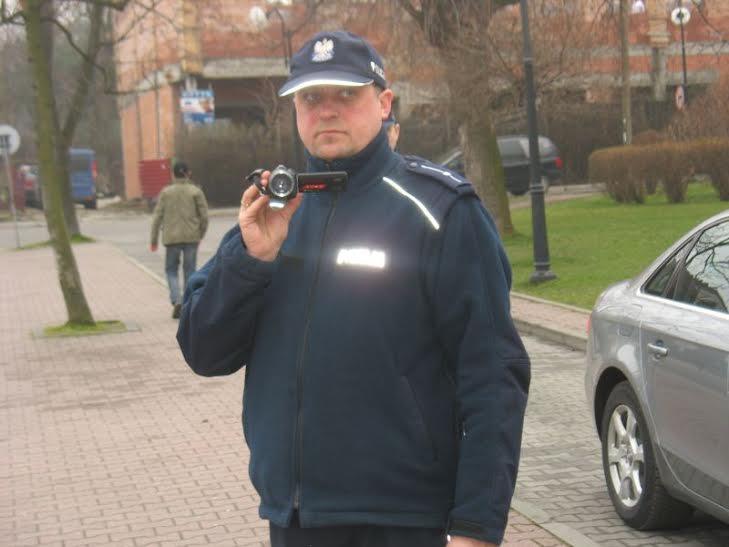 Policja filmowa rejestrowała również dziennikarzy