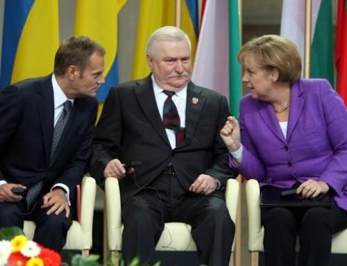 KOD wspierany przez Prezydenta Lecha Wałęsę