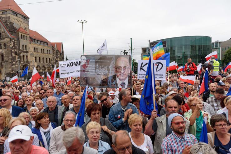 Manifestacja KOD wPoznaniu w60. rocznicę Czerwca '56
