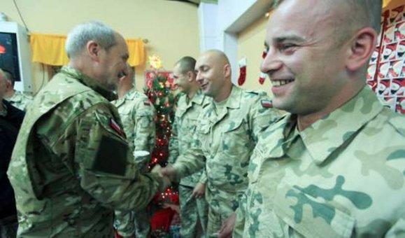 macierewicz-minister-mon-w-mundurze-wojskowym