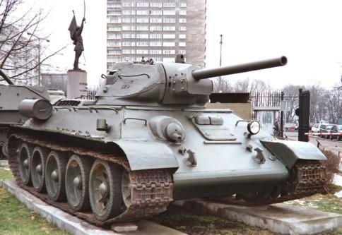 czolg-sredni-t-34-model-1942-z-1-brygady-pancernej-im-bohaterow-westerplatte133duzy