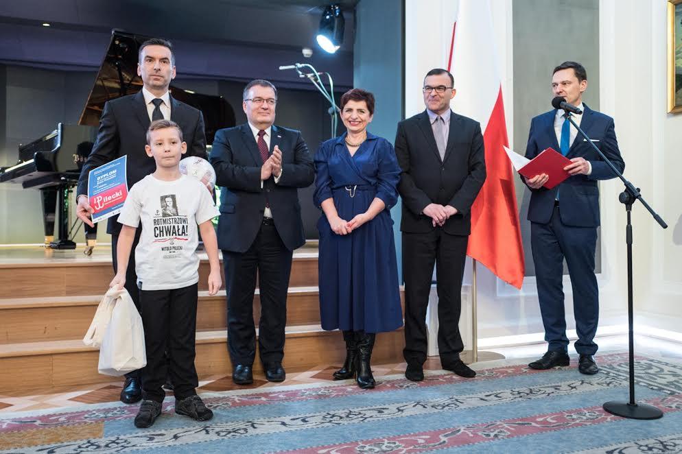 sekretarz-stanu-w-kancepalrii-prezydenta-rp-andrzej-dera-i-bruno-ze-znicza-pruszkow