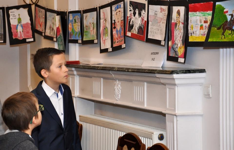 wystawa-prac-konkursu-rotmistrz-w-oczach-dziecka