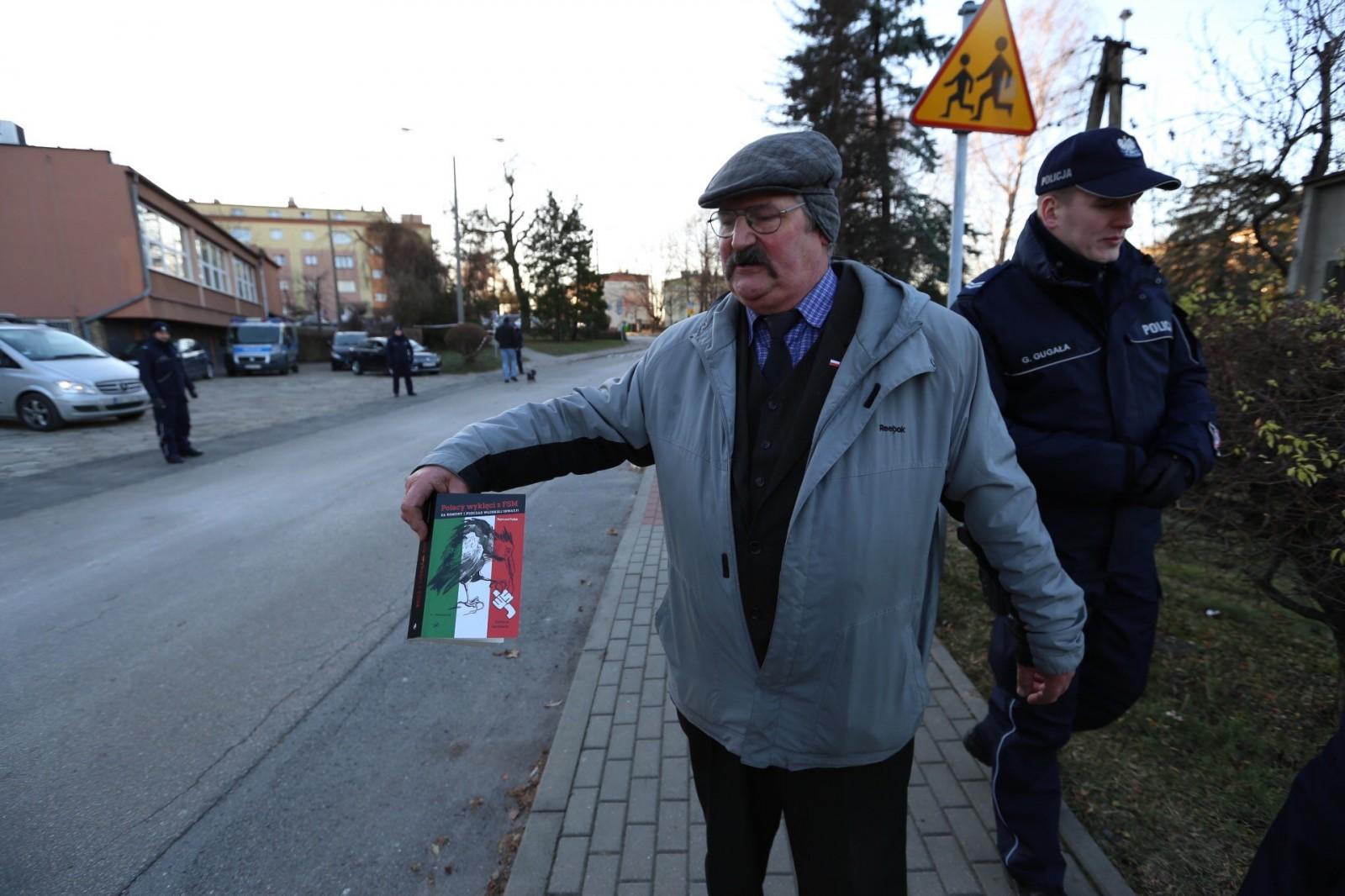 Interwencja Policji  zinicjatywy asystenta ministra Szweda. Pollak zatrzymany