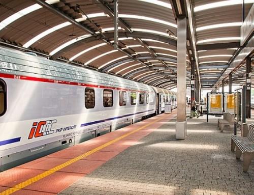 PKP Intercity wystawia pasażerów dowiatru sprzedając bilety nanie istniejące miejsca