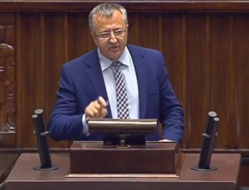 Poseł drhab. Józef Brynkus: WPolsce konieczny jest zakaz propagowania komunizmu lub innego ustroju totalitarnego