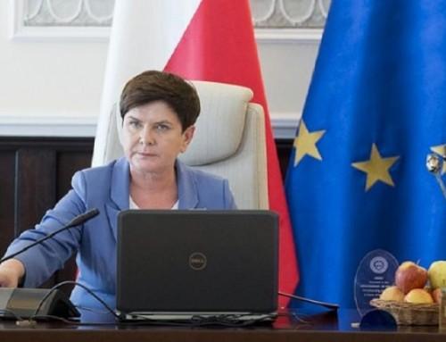 Ponawałnicach. Premier Beata Szydło: dosamorządów spływają środki napomoc
