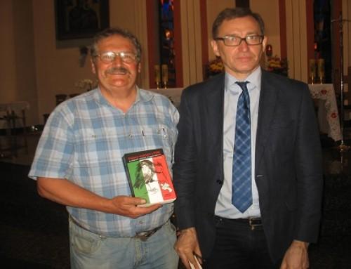 """Prezes IPN czyta książkę pt.: """"Polacy Wyklęci zFSM"""""""