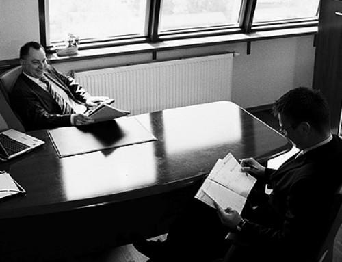 Wrocławscy prawnicy kryją się zawyłudzeniami?