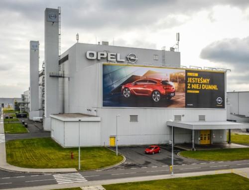 Opel niezapłacił zahotel? Polacy wyrzuceni nabruk jak śmieci!