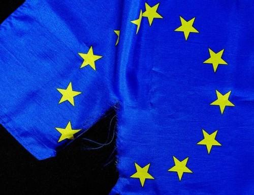 Palić czynie? Co nieco oochronie flagi unijnej