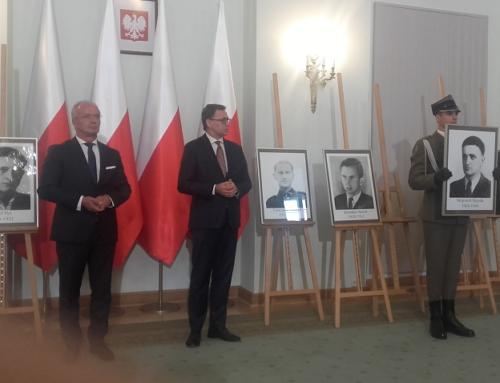 """Szczątki ppor. Wojciecha Stypuły """"Bartka"""" odnaleziono naLitwie"""