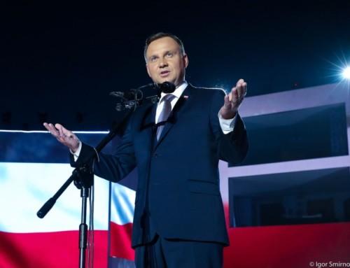 """Prezydent RP:  """"Prawda, któraniemoże umrzeć"""". Światowe media publikują przesłanie Andrzeja Dudy"""