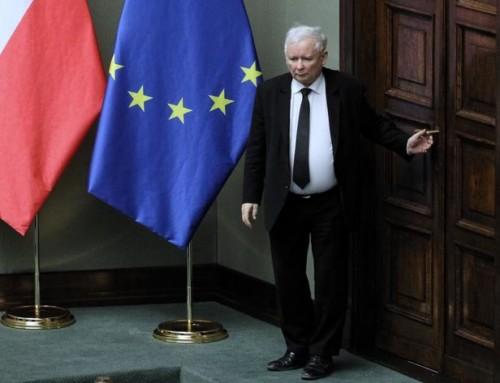 Mit Kaczyńskiego słabnie wsposób nieunikniony, aleciągle niema zczym przegrać
